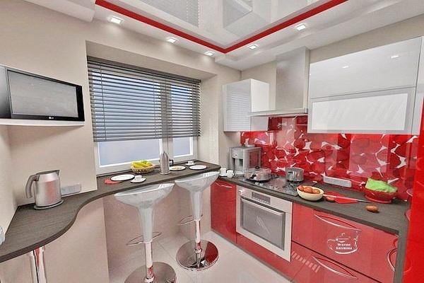 Кухонная зона в хрущевке